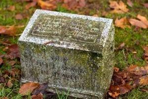 MC-Lake-View-Cemetery-Seattle-Bucket-List-Mass-Consternation-1